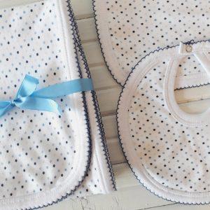 Manta, Babero y Babita Lunares Azules